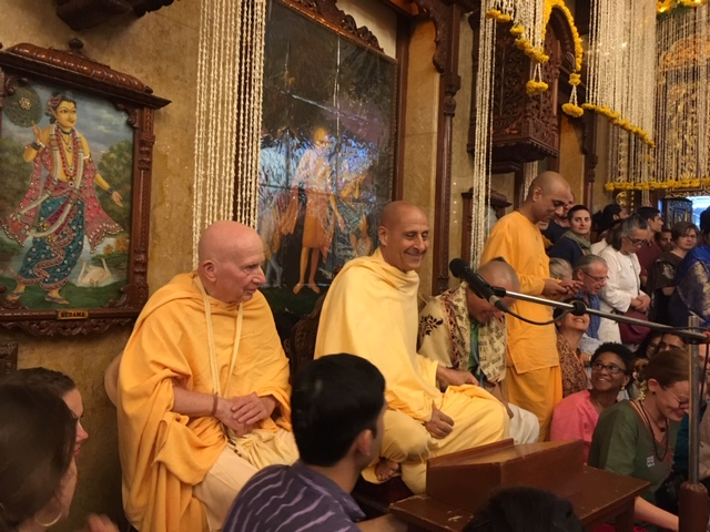 Radhanath Swami at ISKCON Chowpatty, Mumbai